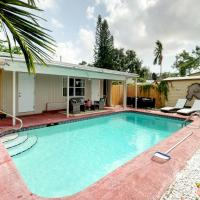 Hotel Pictures: Poolside Cottage, Hollywood