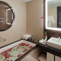Two Single Beds Crowne Plaza Club NS