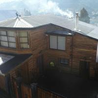 Hotel Pictures: Hostal Alma Nativa Spa Chiloe, Castro