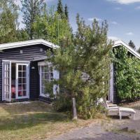 Hotel Pictures: Three-Bedroom Holiday Home in Hornbak, Hornbæk