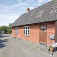 Fotografie hotelů: Four-Bedroom Holiday Home in Roslev, Roslev