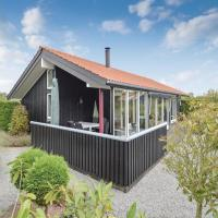 Hotellikuvia: Two-Bedroom Holiday Home in Vaggerlose, Bøtø By