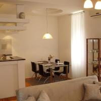 Deluxe Two-Bedroom Apartment with Spa Bath and Balcony