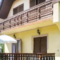 Hotelbilder: Three-Bedroom Holiday Home in Balatonfenyves, Balatonfenyves