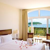 Deluxe Double or Twin Room with Villa Ocean View