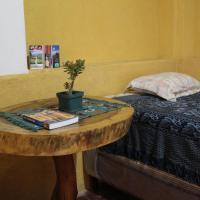 Hotellbilder: Casa de Teresa - local family homestay with 3 meals daily + wifi, Antigua Guatemala