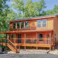 Hotelbilder: Pure Indulgence - Two Bedroom Cabin, Pigeon Forge