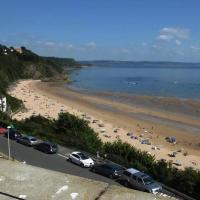 Hotel Pictures: Court House 9, Tenby