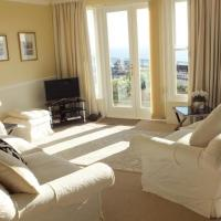 Hotel Pictures: South Beach Court 4, Tenby