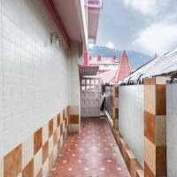 Fotos del hotel: 1 BR Boutique stay in The Ridge, Shimla (C1A0), by GuestHouser, Shimla