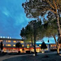Hotel Pictures: L'Aquitaine, L'Hospitalet