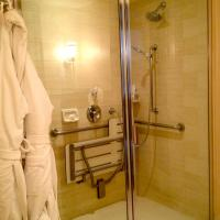 Deluxe Twin Room - Disability Access