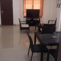 Фотографии отеля: 2 Bedroom Executive Fully Furnished Flat, Apenkwa
