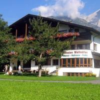 Hotel Pictures: Pension Wallnöfer, Mieming
