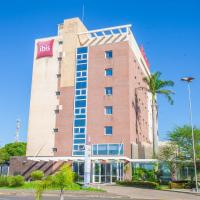 Hotel Pictures: Hotel Ibis Lins, Lins