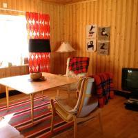 Four-Bedroom Lodge