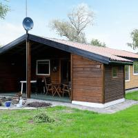 Hotel Pictures: Two-Bedroom Holiday home in Nakskov 5, Kappel