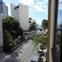 酒店图片: Apto Balneário Camboriú 100 m da praia, 巴拉奈里奥-坎布里乌