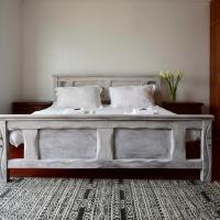 Zdjęcia hotelu: Airy, bright 2 bedroom penthouse, Nairobi