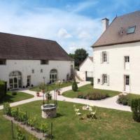 Hotel Pictures: Hotel l'Orée Des Vignes, Gilly-lès-Cîteaux