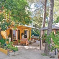 Фотографии отеля: Holiday home Port des Canonge 37 with Outdoor Swimmingpool, Эспорлас