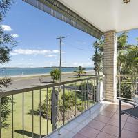 Zdjęcia hotelu: Waterfront First Floor Unit -Chnook Apartments South Esp, Bongaree, Bongaree