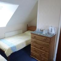 Family Room (2 Adults + 3 Children) with Sea View
