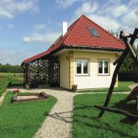 Hotellbilder: Three-Bedroom Holiday Home in Srokowo, Srokowo