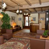 Hotel Pictures: Hôtel Saint-Georges, Saint-Jean-de-Maurienne