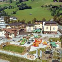 Foto Hotel: Familien- und Kinderclubhotel Wolkensteinbär powered by Magic Mountains, Bramberg am Wildkogel