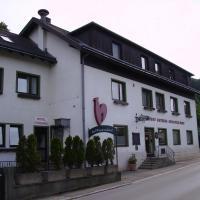 Hotel Pictures: Gasthaus Roter Hahn, Höflein an der Donau