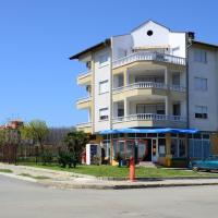 Hotel Pictures: Kirovi Guest House, Tsarevo