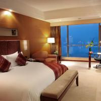 Business King Room with RIver View
