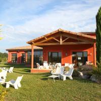 Hotel Pictures: Vacanceole - Résidence le Domaine du Lac, Châteauneuf-d'Isère