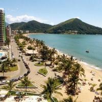 Hotelbilleder: Casa martim de sá pertinho praia 18 pessoas bene., Caraguatatuba