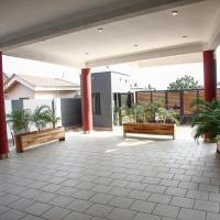 Hotellbilder: White oak apartments, Accra