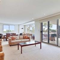Fotografie hotelů: 8 'Carrington' 15 Government Road - spacious unit with air conditioning and lift, Nelson Bay