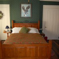 Queen Room with Two Queen Beds with Shared Bathroom