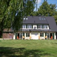 Hotel Pictures: Ferienhaus Sonneninsel Rügen, Putbus