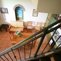 Two-Bedroom Apartment (7 Adults) - Split Level