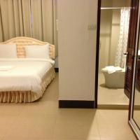 Standard Double Room with River View