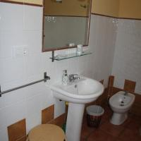 Double or Twin Room with Private Barthroom