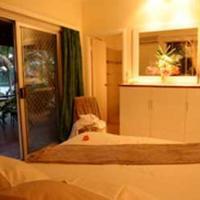 Two-Bedroom Garden Bungalow