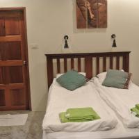 Five-Bedroom Villa (10 Adults)
