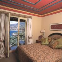 Double Room with Sea View and Airport Transfer