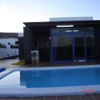 Five-Bedroom Villa with Private Pool - Ganesh