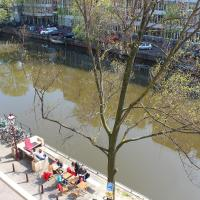 Large Studio with Canal View (2 Persons)