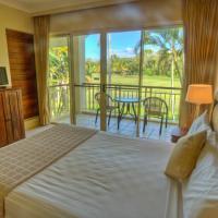 Four-Bedroom Villa - Split Level