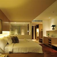 Deluxe Double Room with Pool View - sunset wing