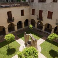 Hotel Pictures: Casa Convent Peralada, Peralada